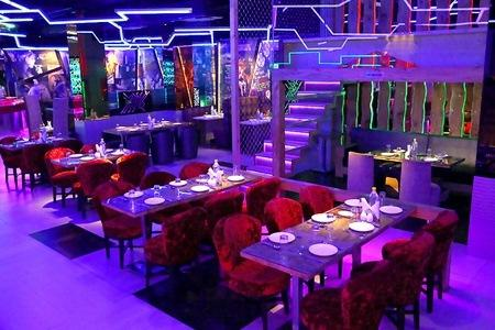 4-Course Meal, UNLIMITED Drinks & MORE at Mirror Star City Mall, Mayur Vihar