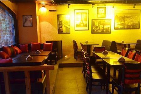 Drinks & Starters at Boheme Bar & Grill, New Delhi | Hundred